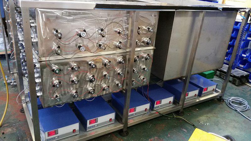 Ultraschall-Teilereinigungsanlage-1
